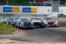 Он пришел в этот раунд в приподнятом настроении после победы в World RX Норвегии в предыдущем раунде. В турнирной таблице чемпионата VW Polo получил 181 очко. Петтер Сольберг занял второе место с 150 очками.