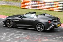 Zagato Volante воплощает в себе производительность, качество и спортивный характер Aston Martin, а также потрясающие дизайнерские черты Zagato. Zagato Volante имеет улучшенную версию знаковой трансмиссии V12 Aston Martin. Мощность двигателя увеличена