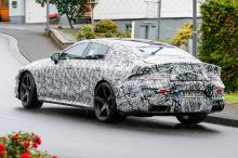 Ранее в этом году на Женевском автосалоне Mercedes продемонстрировал свой потрясающий концепт AMG GT.