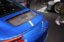 Настроенный на то, чтобы выглядеть не менее экстремально, чем нынешнее второе поколение 911 GT3.2, новый Porsche 911 GT3 Touring Package фокусируется на эстетике и технических характерстиках вождения. Мы внимательно рассмотрели Touring Package.