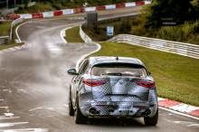 Время было установлено Фабио Францией, итальянским гонщиком Pirelli. Автомобиль был оснащен каркасом безопасности и набором опциональных гоночных сидений Sparco из карбона. Помимо этих двух модификаций, все остальное было полностью стандартным и пред