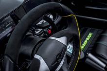 Генеральный директор Ferris Rezvani сказал: «The Beast Alpha X «Blackbird »действительно оправдывает свое название. Наша команда дизайнеров тесно сотрудничала с Рамоном Джексоном, чтобы придумать идеальный автомобиль в соответствии с его фирменным ст