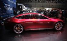 Четырехдверный GT в настоящее время проходит обширные испытания по всему миру; эти снимки дают представление о его внешнем виде и пропорциях.