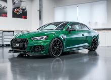 ABT поработал с самым сильным «местом» Audi A5 - с его двухтурбинным 2,9-литровым силовым агрегатом V6, установив свои новые электронные настройки ABT Power. При этом мощность выросла на дополнительно 80 л.с., увеличивая пиковый выход до 530 л.с. с 4