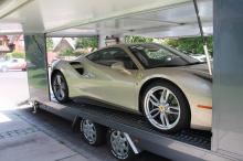 В сентябре прошлого года завод выставил на аукцион Ferrari 488 Spider в честь 70 летнего юбилея под названием «The Green Jewel», который продавался по астрономической цене в 1,300,000 долларов.