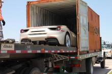 Компания отметила это, создав 350 специальных автомобилей с уникальными конфигурациями, вдохновленными самыми знаковыми автомобилями марки.