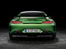 Автомобиль оснащен передовыми технологиями и интеллектуальными инженерными решениями.