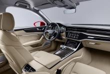 С точки зрения интерьера, A6 поставляется с объемным внутренним пространством, которое больше, по сравнению с предшественниками. Водители и пассажиры будут наслаждаться комфортной ездой благодаря многочисленным функциям и общей премиальной атмосфере.