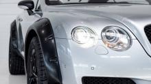 Рецепт для этого Bentley - это больше, чем просто 3-дюймовая подвеска и шипованная резина: множество систем были перемещены с нижней части автомобиля и из-под колесных арок, чтобы дать больше места колесам.
