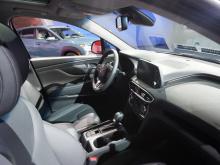 Это почти на 14 кг меньше чем у моделей с FWD и почти на 30 кг – у моделей с AWD, что обещает улучшенную экономию топлива в сочетании с новой восьмиступенчатой коробкой передач. Модели Turbo, напротив, набирают вес, 1778 в конфигурации FWD и 1843 кг