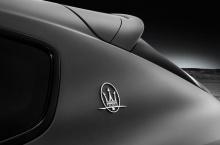 Levante Trofeo стоит на алюминиевых колесах размером 21 или 22 дюйма на выбор.