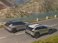 Холлис крайне скептически относится позиционированию электрических и автономных автомобилей как к лучшему средству передвижения в  будущем.
