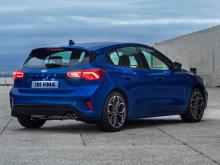В конце концов, как Focus ST, так и RS являются проверенными разработчиками автомобилями, и Ford понимает необходимость правильно инвестировать в них, особенно в RS. Новый Focus RS, скорее всего, будет гибридным 400-сильным конкурентом Mercedes-AMG A