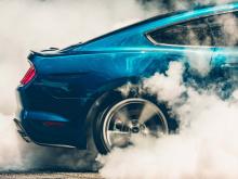 «Мир влюбляется в Mustang», - говорит Эрих Меркл, аналитик по продажам Ford.
