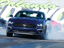 В интервью с The Detroit Bureau, он сказал, что новый Mustang дебютирует в начале следующего десятилетия с некоторыми с серьезными изменениями.