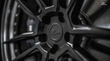 Недавно BMW представил последнюю 5 серию, и еще раз мир автопромышленности был поражен достижением премиального баварского производителя. Как седан G30, так и туринг G31 демонстрируют динамичный внешний вид, невероятные функции системы трансмиссии и