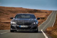 Новый V8 производит на 68 лошадиных сил больше, чем уходящая версия, .т.е. его максимальная мощность составляет 530 л.с.