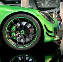 RENNtech также предлагает большой выбор машин AMG, которые можно протестировать на гоночной трассе.