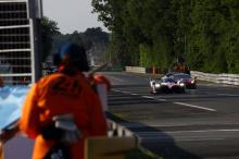 Автомобиль номер 7 также был вне досягаемости. Он потерпел несколько неудач во время гонки, включая то, что в последние несколько часов он замедлился на несколько минут, что выглядело как проблема с топливом. Позднее оказалось, что Камуи Кобаяши прос