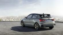Audi построил A1 на платформе, совместно используемой с новым Polo, который также не имеет трехдверной модели. Есть четкие дизайнерские особенности, которые возвращают к Audi Ur-Quattro, включая вентиляционное отверстие. Есть и другие аспекты дизайна