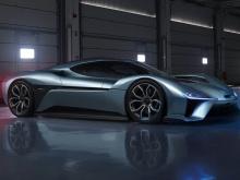 Он был быстрее, чем любой другой автономный автомобиль. Это что-то вроде технологического чуда, укомплектовывающего четыре электродвигателя, каждый из которых производит более 335 лошадиных сил для общей мощности в 1,341 л.с. Его батареи в одиночку в