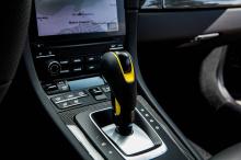 T-ART добавили выхлопную систему выпуска с контролируемым клапанами с четырьмя титановыми трубами с карбоновыми наконечниками. Комплект пружин занижает 911 Turbo S на 30 мм, в сочетании с коваными колесами Formula IV Race Bi-Color, он имеет впечатл