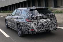 Ожидайте увидеть несколько дизельных двигателей в Европе, 2.0-литровый четырехцилиндровый двигатель с турбонаддувом и, возможно, спортивный вариант M340i. Хотя это очень неожиданно, нам бы хотелось, чтобы на этот раз BMW построил универсал M3. Хотя с