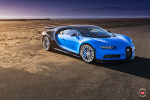 Первый Bugatti Chiron на кованых колесах Vossen
