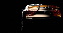 Тюнинг включает в себя турбокомпрессоры GT3, большие интеркулеры, усиленный коленчатый вал, поршни, шатуны и подшипники, а также выхлопную систему. Двигатель работает в паре с последовательной шестиступенчатой коробкой передач с двойным сцеплением.