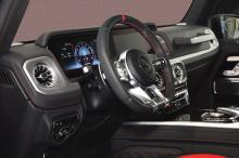 Наиболее заметное улучшение сделано в общей мощности - благодаря инженерам, автомобиль теперь развивает огромные 830 л.с. и 1100 Нм, применяя обновления программного обеспечения. Кроме того, 2,5-тонный внедорожник класса люкс может разогнаться до 100