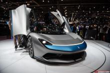 Battista делит свою трансмиссию с Rimac C_Two, который также был представлен на автосалоне в Женеве. Несмотря на то, что каркас трансмиссии по сути одинаков, он был настроен на собственную уникальную амплитуду ускорения и характеристики режима движен