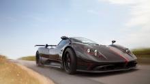 Удивительный Pagani Huayra Roadster BC в этом месяце попал в заголовки новостей, и на то есть веская причина. Zonda, автомобиль, который берет свое начало с 1999 года и (вроде) был снят с производства в 2013 году с выпуском трекового Revolucion, по-п