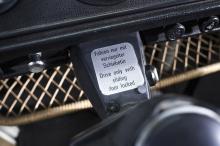 Окрашенный в цвета Kansas Beige и Pastel White новый e-Bus будет выставлен в Автомобильном музее Петерсона в Лос-Анджелесе для участия в 4-м ежегодном мероприятии Volkswagen Drive-In Movie.