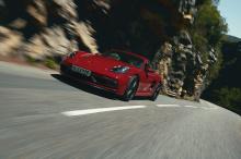 Сегодня утром Porsche снял завесу с 718 Boxster и Cayman GTS.