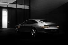 Как и G80 с двигателем внутреннего сгорания, модель eG80 будет оснащена различными расширенными вспомогательными функциями для водителя, включая интеллектуальный круиз-контроль, предварительно активированное сиденье безопасности, помощь в предотвраще