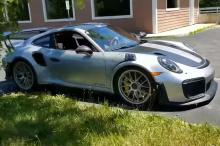 Новый Z06 был недавно протестирован в очень интересной компании. В то время как Z06 был сильно замаскирован, Porsche 911 GT2 RS и Ferrari 458 Italia, использовавшиеся для сравнительного анализа, не были засекречены, что говорит о том, что американски