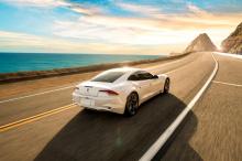 Линейка GS будет включать в себя новые электрические опции, дополнительные технологии и станет первым роскошным седаном Karma с электрическим аккумулятором. Седан Revero в настоящее время использует гибридную газовую/электрическую систему и обеспечив