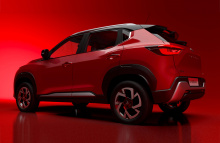 Еще в июле Nissan представил концепт Magnite, представляющий новый субкомпактный внедорожник, который будет располагаться ниже Nissan Kicks, который недавно был обновлен для модели 2021 года. Несколько месяцев спустя прибыла серийная версия, практиче