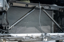 Сетка в зону решетки радиатора БМВ Х7