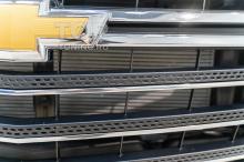 Монтаж сетки в бампер Шевроле Траверс 2