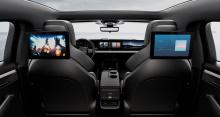 Первоначально одним из самых новаторских элементов концепции Sony был полноразмерный сенсорный дисплей на приборной панели.