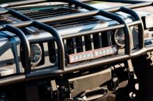 Как и для большинства федеральных автомобилей, потребовались многочисленные модификации послепродажного обслуживания. В этом случае компания Predator, Inc. из Флориды выполнила необходимые работы, на модернизацию которых было потрачено более 12,5 млн