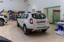 104144 Установка регистратора и системы парковки в Renault Duster