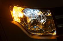 Светодиодные поворотники - Готовая работа. Тюнинг оптики Mitsubishi Pajero 4