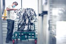 Bacalar оснащен улучшенной версией 6,0-литрового двигателя W12 от Bentley, мощность которого увеличена до 650 лошадиных сил и 904 Нм крутящего момента, что на 24 л.с. и 4 Нм больше, чем у Continental GT Convertible с двигателем W12. Каждый двигатель