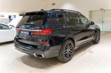 104264  Состояние кузова BMW X7 с пробегом 1000 км.