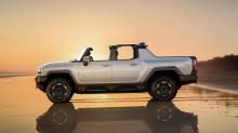 General Motors впервые намекнул на электрический пикап несколько лет назад, и мы видели, как эти планы претворяются в жизнь с появлением GMC Hummer EV Pickup. Chevrolet Silverado также породит электрический вариант, и GM только что анонсировал некото