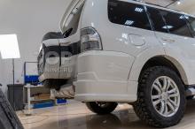 Накладки Jaos на задний бампер Mitsubishi Pajero 4
