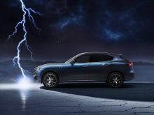 Maserati отстает в гонке электромобилей, но когда был представлен суперкар MC20, итальянская фирма, казалось, обрела новую энергию. Хотя Maserati подтвердил, что следующий GranTurismo будет полностью электрическим, автопроизводитель по-прежнему заинт