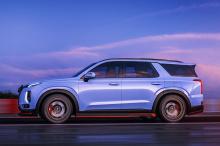 Модели Hyundai N в настоящее время включают Veloster N и Kona N, а также i30N, i30 Fastback N и i20 N. Хардкорная Elantra N скоро присоединится к этому списку, как и Tucson N Line со спортивным обновлением внешнего вида.
